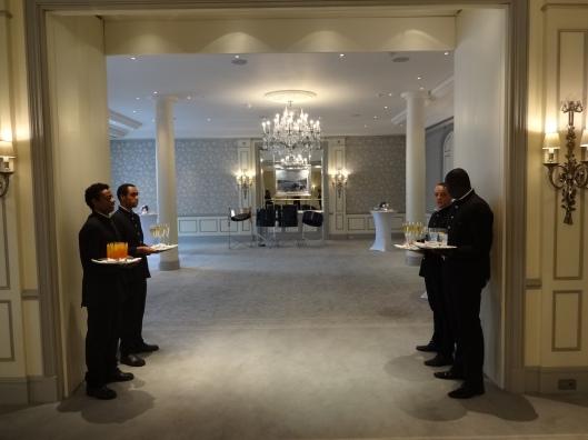 wedding planning ideas London, luxury wedding venues in London, venues for 200 guests in London, wedding venues for 300 guests,