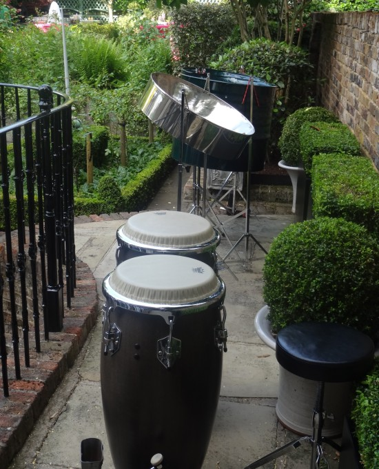 Steel bands London, steel band for hire, background music for garden parties, musicians for garden party, entertainment for party London,