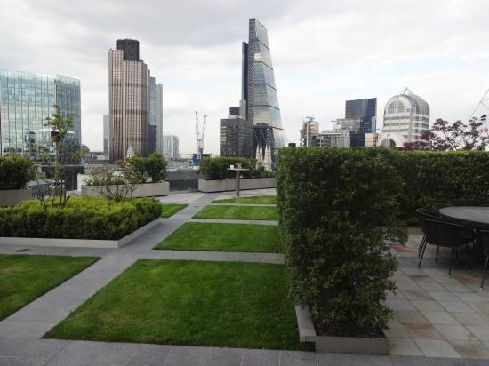 City of London, sky gardens, roof terraces London, entertainment for terrace party London,