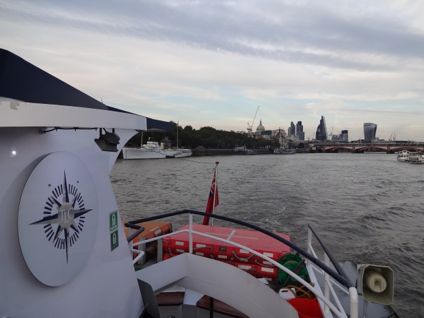celebrating a birthday in London, 21st birthday ideas, Thames cruise London, suggestions for a 21st birthday party,